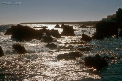 026 - Morze naskałkach