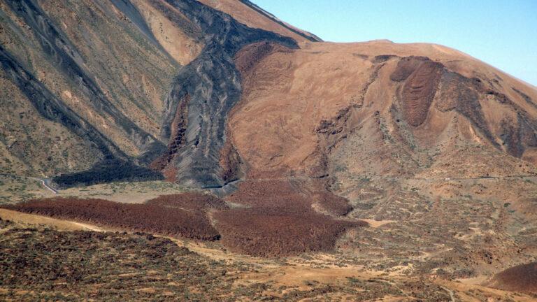 133 - Zbocze E wulkanu