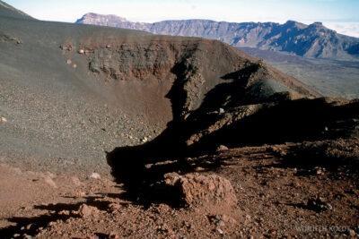 254 - Boczny krater