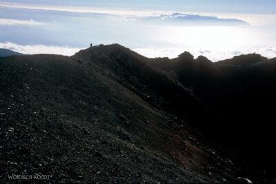 259 - Grobla między kraterami