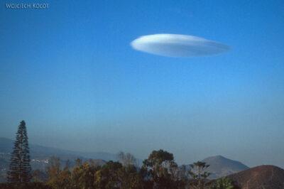 274 - Ufo nadwyspą