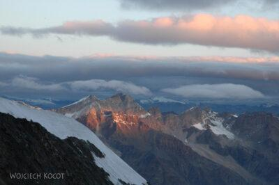 077 - Góry owschodzie