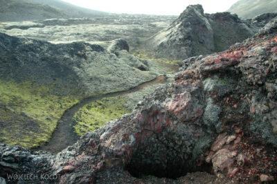 07063 - Kratery wzdłuż szczeliny