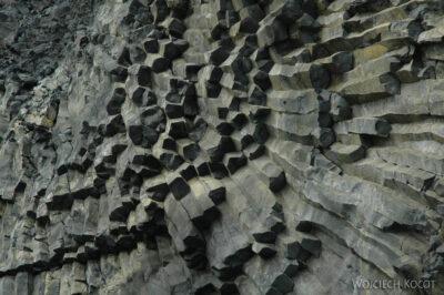 08045 - Kolumny bazaltowe