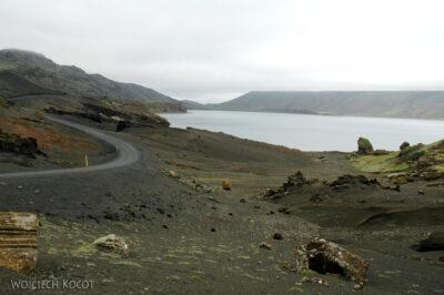 12063 - Jezioro nieopodal