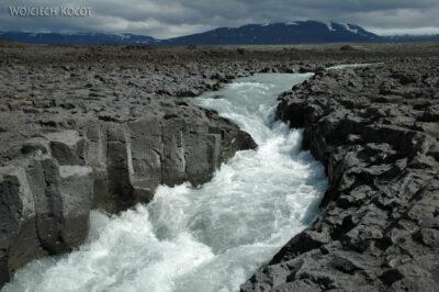 13034 - Bazaltowe koryto rzeki
