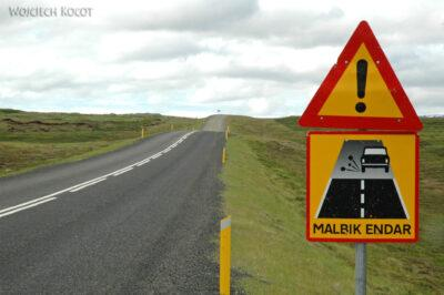 22002 - Uwaga, koniec asfaltu