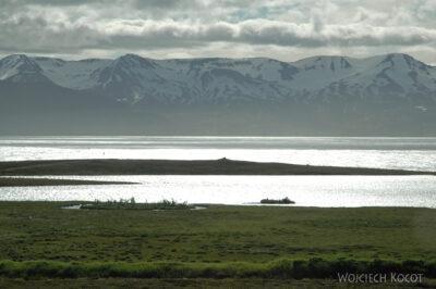 22011 - Widok nagóry przezfjord