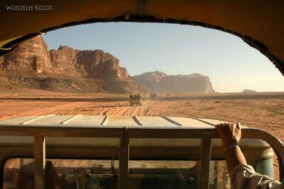 02096 - Przezpustynię Wadi Rum