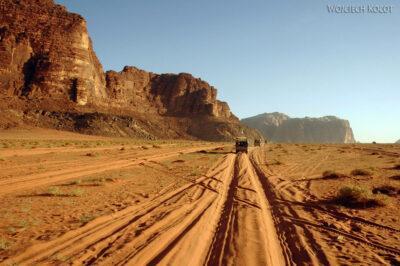 02098 - Przezpustynię Wadi Rum