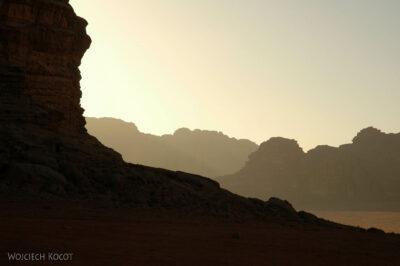 02117 - Przezpustynię Wadi Rum