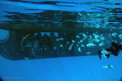 3420 - Silver submarine