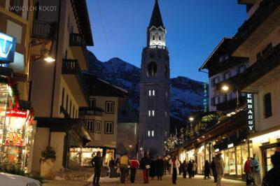 2018 - Cortina nocą