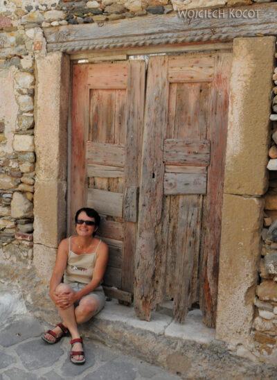 07068 - Patmos - stare drzwi