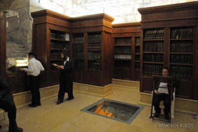 063 - Wbibliotece przy Ściannie Płaczu