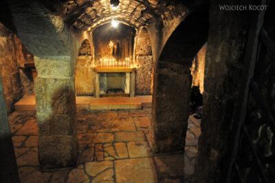 079 - Spalona kaplica podziemna