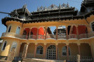 B085 - Hunedoara - cygańskie pałace