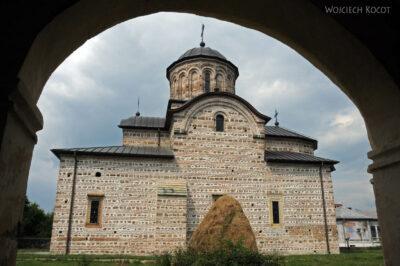 F122 - Curtea de Arges - Biserica Stara