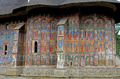 M103 - Manastirea Vatra Moldovitei