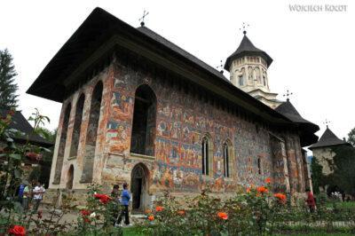 M104 - Manastirea Vatra Moldovitei