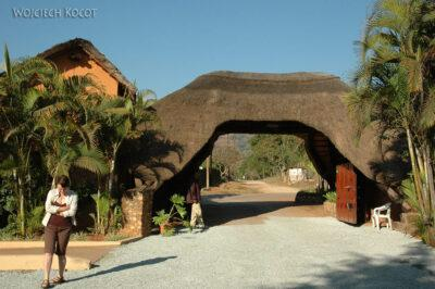 SA06011-Kwatera wLobamba
