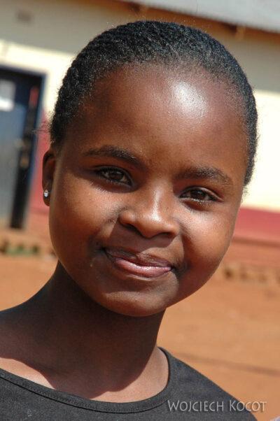 SA06039-Swazi-portrety