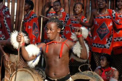 SA06148-Wioska Swazi-taniec iportrety