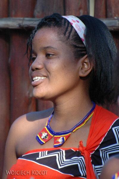 SA06155-Wioska Swazi-taniec iportrety