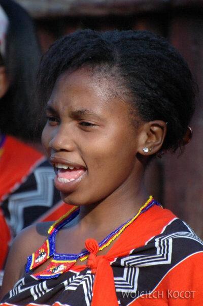 SA06156-Wioska Swazi-taniec iportrety