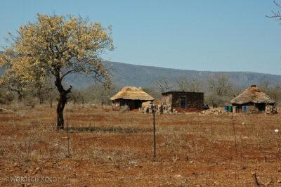 SA06220-Swazi-zabudowa wiejska