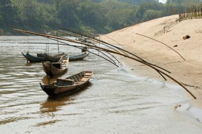 2L1150-Długie łodzie Mekongu
