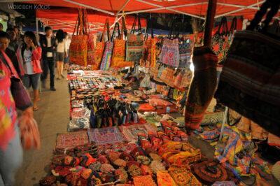 2L2011-Nocny targ wLuangPrabang