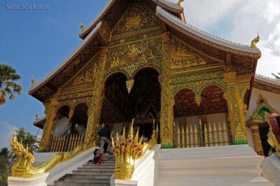 2L2042-Nowa świątynia obok Muzeum