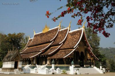 2L2074-Wat Xieng Thong -Bud.Główn
