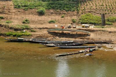 2L2119-Nad dopływem Mekongu