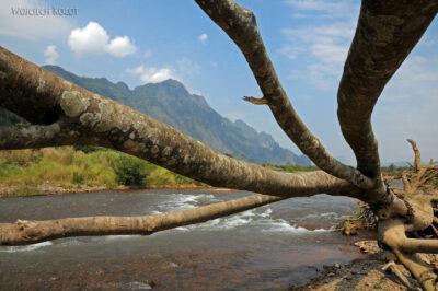 2L3077-Spływ kajakowy rzeką Nam Po