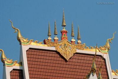 2L4030-Świątynia obok Phra That Luang