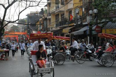 3W3206-Na ulicach Hanoi
