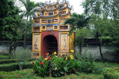 3W4055-Hue - Świątynia