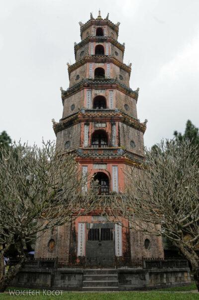 3W4081-Hue - Pagoda Tiien Mu
