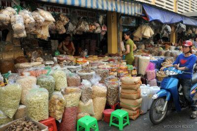 3W7129-Sajgon - Binh Tay Market