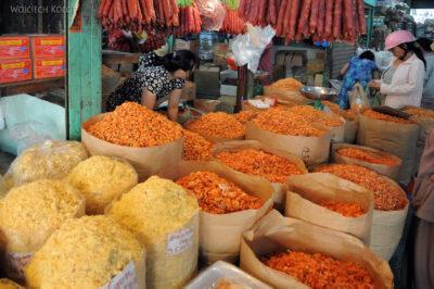3W7135-Sajgon - Binh Tay Market