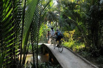 3W8115-Rowerem przezDeltę Mekongu