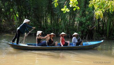 3W8134-Delta Mekongu - rejs czółnem