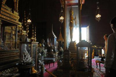 4K1061-Srebrna Pagoda - wnętrze