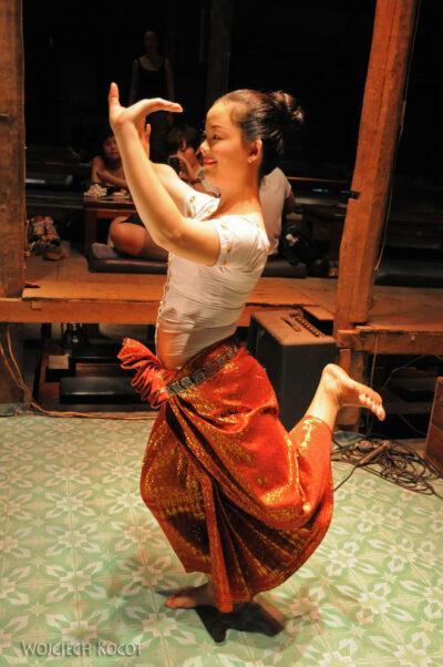 4K2056-Taniec Apsary