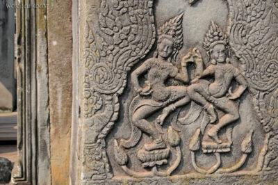 4K3326-Bayon Temple