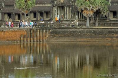 4K3407-Angkor Wat