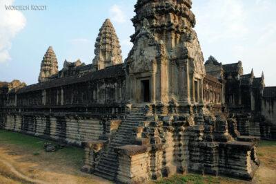 4K3440-Angkor Wat