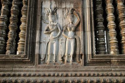 4K3468-Angkor Wat